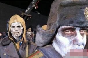 俄罗斯赤塔僵尸事件 拍到僵尸吃人画面(网友恶搞游戏视频)