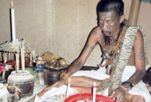 泰国最恐怖的降头术,养小鬼下蛊毒无形之中杀人致死