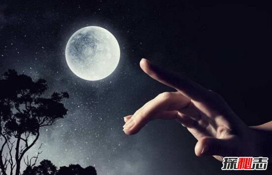 【指月亮为什么会被割耳朵】指月亮割耳朵科学解释,被割伤纯属巧合(教导尊敬月亮)