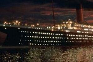 揭秘泰坦尼克号灵异事件,女乘客消失78年再现冰岛(时光隧道)