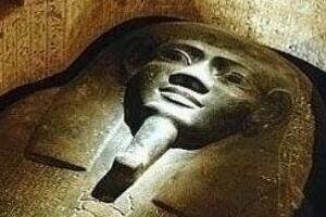 揭秘诡异的法老咒语,进陵墓者都离奇死亡(致癌毒气所致)