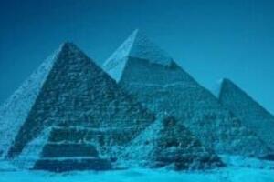 揭秘百慕大三角水下金字塔,水晶材质建筑成(最大金字塔)