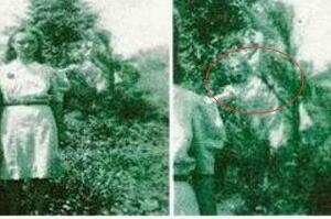 1942年最真实的灵异照片揭秘 鬼魂就在身后(网友恶搞)