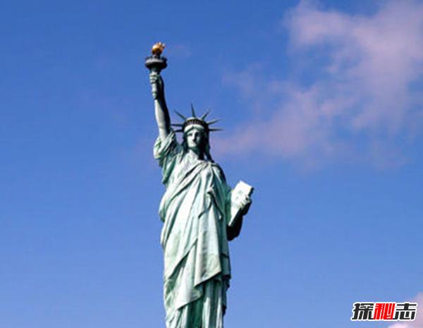 建筑时间为1874~1884年,它是纽约市最著名的旅游景点之一.