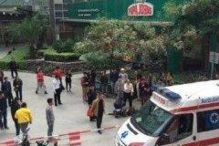 厦门广场砍人事件:两名女子被捅成重伤(歹徒被当场抓获)