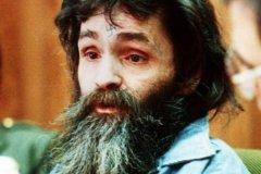 曼森杀人案:好莱坞女星身中16刀(胎儿被残忍挖出)