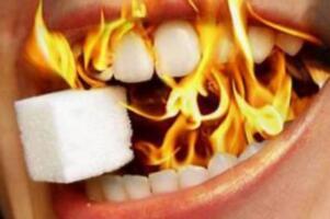秋天上火需要吃什么,菠菜、石榴、香蕉、苦瓜(美味又去火)
