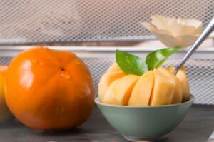 脆柿就是没熟的柿子吗,不是(脆柿子是柿子的一个品种)