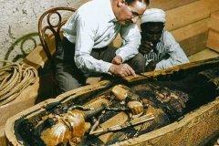 埃及法老的诅咒真相:侵犯墓葬者死,揭秘死亡诅咒真相