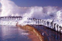 月球为什么会影响潮汐?天体引力作用,有周期性(可发电)