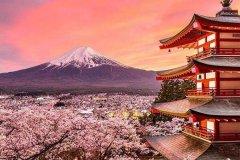 日本最高的山:富士山,日本三灵山之一(日本精神象征)