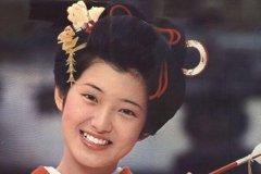 山口百惠是杨贵妃的后裔吗?不是,杨贵妃逃至日本不可能