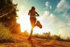 跑步能减肥吗?能,跑步最先瘦腹部和臀部(慢跑效果好)