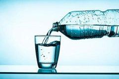 矿泉水的危害:微量元素少,长期喝影响健康(没必要烧开)