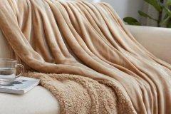 毛毯可以在太阳下晒吗?能,毛毯晒太阳1小时(不能暴晒)