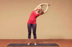 适合青少年减肥的瑜伽动作:每天十分钟四个动作告别肥胖