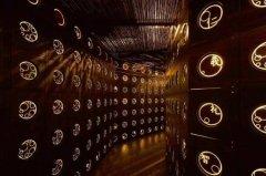 世界上最美的墓地 日本的八圣殿,置身宇宙跨越生死两界