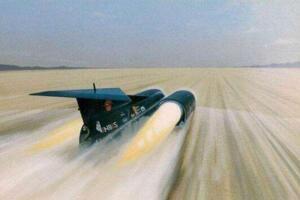 世界十大超音速汽车,超音速推进号首破音障(1228km/h)