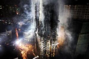 胶州路火灾后的灵异照片,大楼爬满鬼魂(旧上海的火葬场)