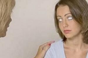 俄罗斯17岁透视眼少女,透视身体看见五脏六腑(医救万人)
