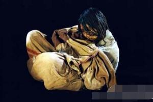 秘鲁冰冻少女之谜,15岁少女安乐死被当祭品/500年木乃伊