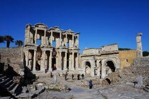 揭秘土耳其阿尔忒弥斯神庙的由来,毁灭的原因(遗址图片)