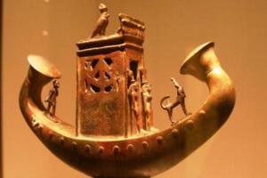 古埃及太阳船之谜,古埃及法老胡夫通往天堂飞船/具有法力