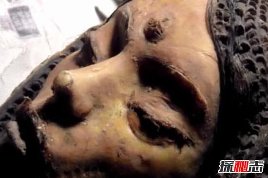 月球三眼女尸是真的吗