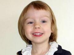 艾丽斯·阿莫斯3岁的智商162,头脑超过爱因斯坦(照片)